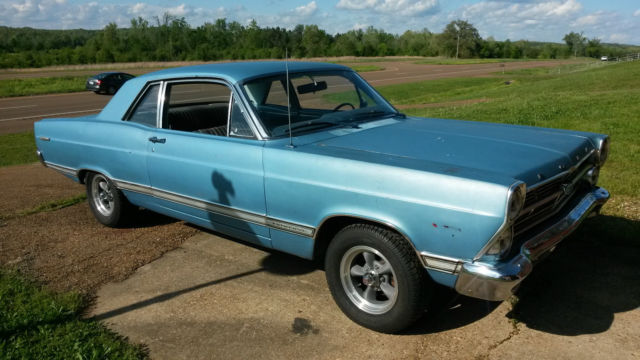 1967 Ford Fairlane 2dr. Sedan
