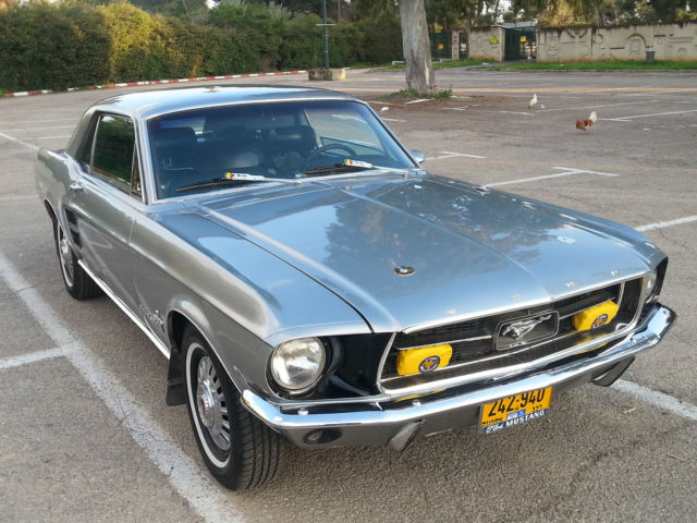 1967 Ford Mustang 200