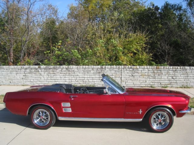 1967 ford mustang convertible 302 v8 auto w deluxe interior powersteering
