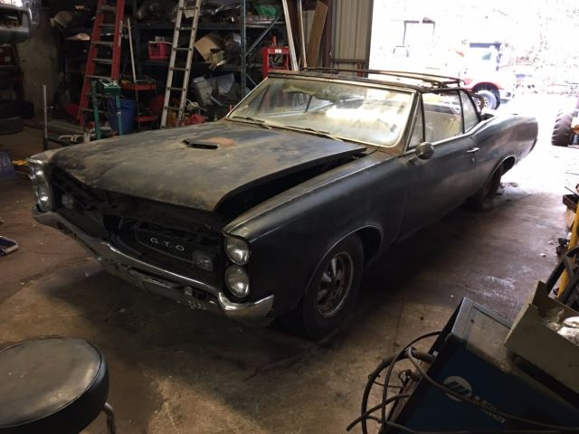 1967 gto convertible restoration project 4 speed barn find all original for sale photos. Black Bedroom Furniture Sets. Home Design Ideas