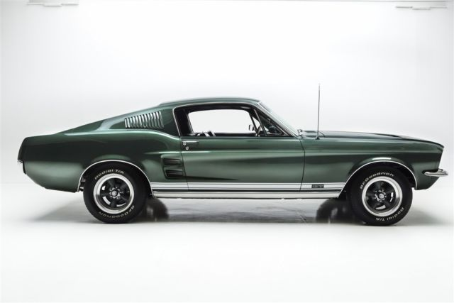 1967 Ford Mustang HiPo 289 4-Speed