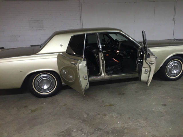 1967 lincoln continental 4 door suicide style for sale. Black Bedroom Furniture Sets. Home Design Ideas