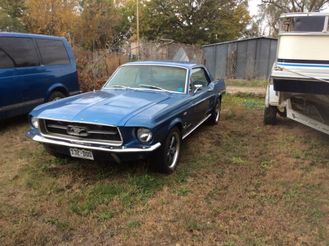 1967 Ford Mustang Blue