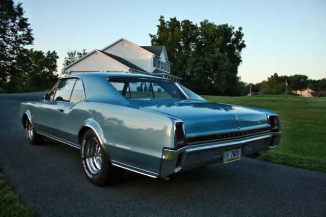 1967 Blue Oldsmobile 442 with Black interior