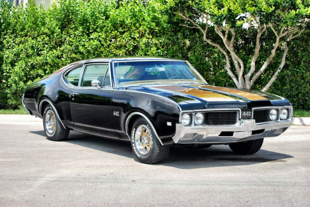1969 Oldsmobile 442 Sport Coupe