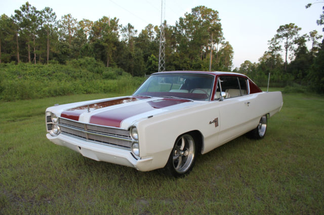 1967 Plymouth Fury Sport III FastBack 440 Resto Mod Must See Don't Miss it Call Now