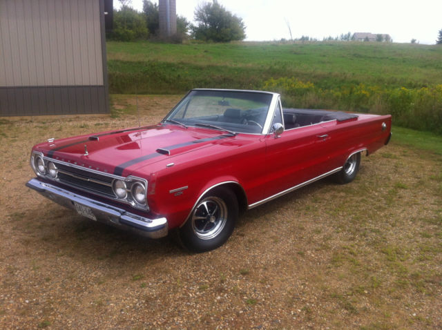 1967 Plymouth GTX Convertible 440 4 speed