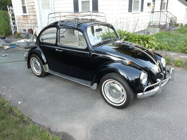 1967 Volkswagen Beetle - Classic Two door sedan
