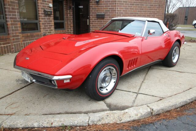 1968 Chevrolet Corvette - NCRS - 427/400HP - W/ Documentation