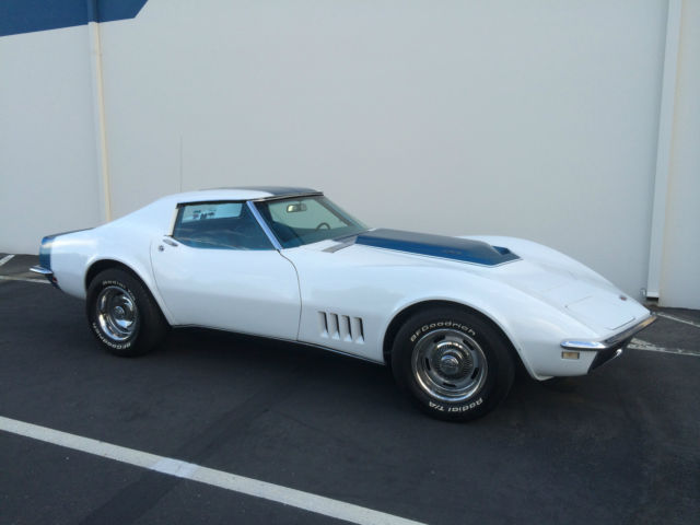 1968 Chevrolet Corvette coupe  T-Top