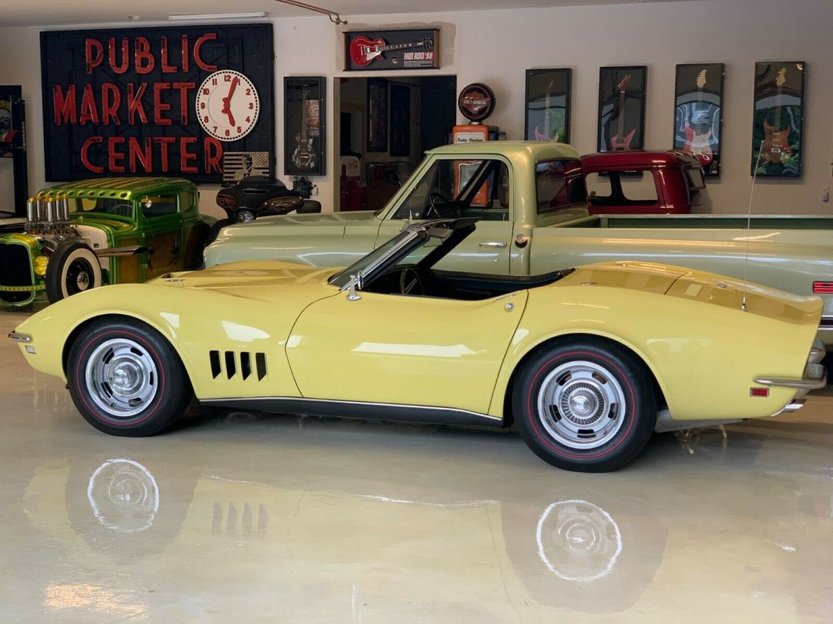 1968 Chevrolet Corvette - TWO TOP CONVERTIBLE - 427 390HP - NUMBERS MATCHI