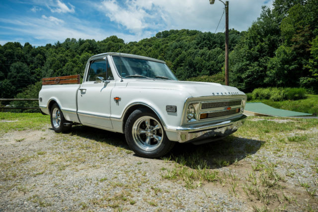 1968 Chevrolet C-10 Custom Cab