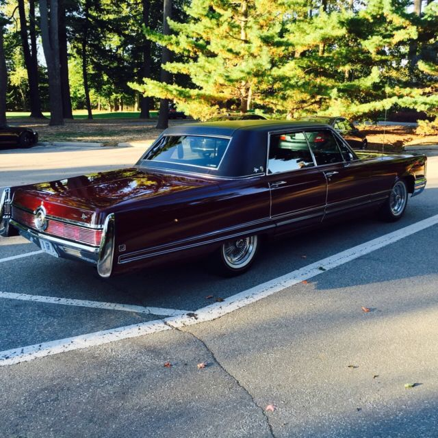 1968 Chrysler Imperial LeBaron Hardtop 4-Door 7.2L For