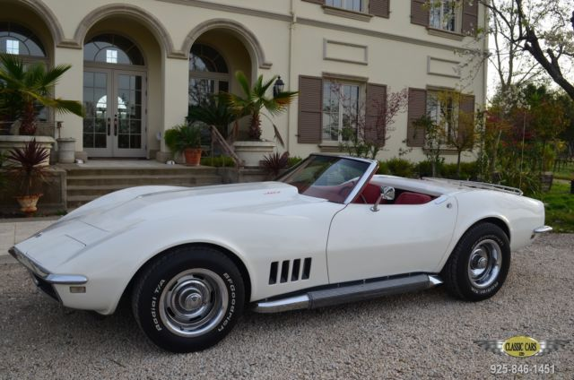 1968 Chevrolet Corvette Roadster / Hardtop