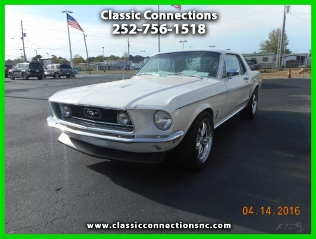 1968 Ford Mustang Deluxe Coupe