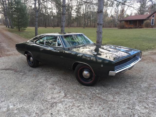 1968 Dodge Charger 383 Magnum, 4 speed, Dana