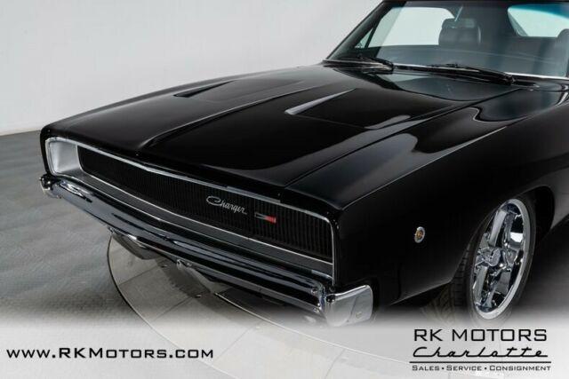 1968 dodge charger black hardtop 6 1 liter hemi v8 5 speed. Black Bedroom Furniture Sets. Home Design Ideas