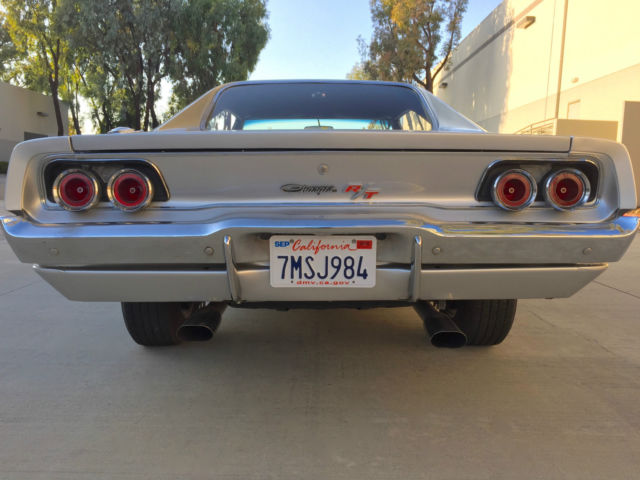 1968 dodge charger r t 440 4spd dana posi rearend 68 69 rt manual silver rare for sale photos. Black Bedroom Furniture Sets. Home Design Ideas