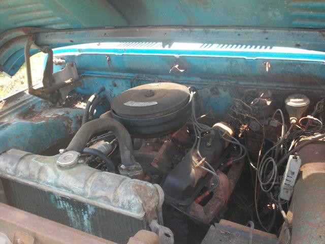 1968 DODGE D200 pickup truck 318 4 speed Dana 60 2wd 68 Sweptline