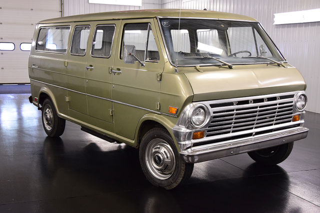 1968 Ford E-Series Van