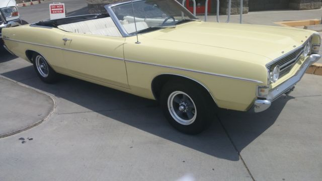 1968 Ford Fairlane 500 CONVERTIBLE