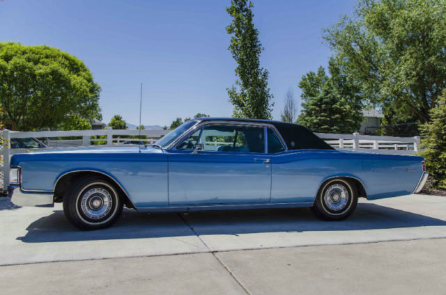 1968 Lincoln Continental Coupe