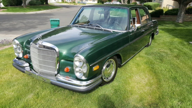 1968 Mercedes-Benz 200-Series