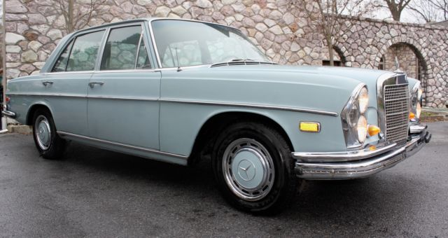 1968 Mercedes-Benz 200-Series 280S