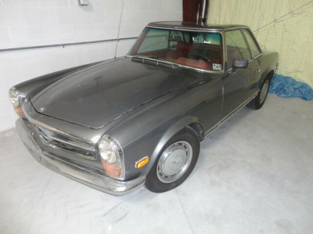 1968 Mercedes-Benz 280SL Convertible --