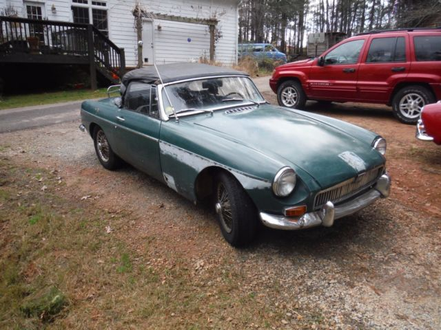 1968 MGB Roadster Strong Engine, To Restore Or For Parts