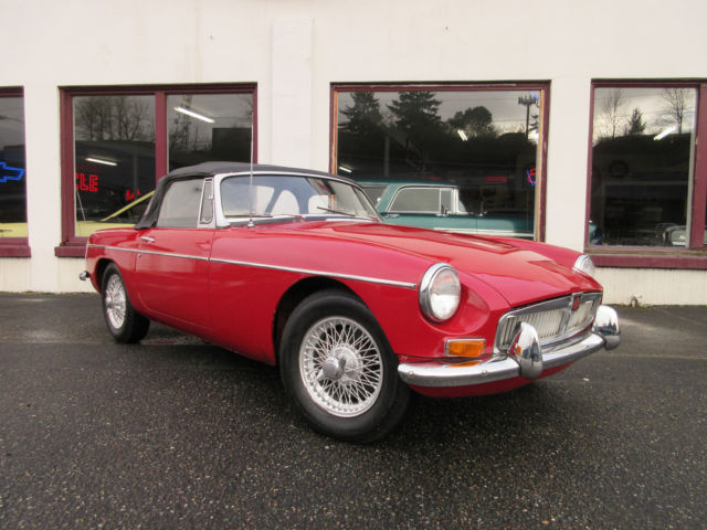 1968 Mgb- Solid -Wire wheels Great Driver LOW RESERVE