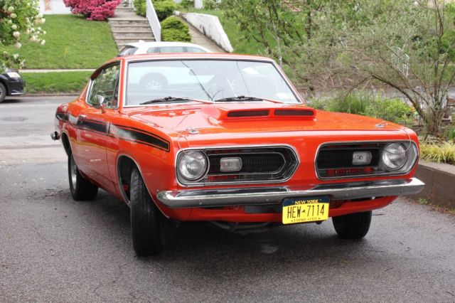 1968 PLYMOUTH BARRACUDA FASTBACK - BEAUTIFULLY RESTORED MUSCLE CAR!
