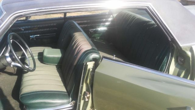 1968 Green Plymouth Fury 4 Door Hard Top with Green interior