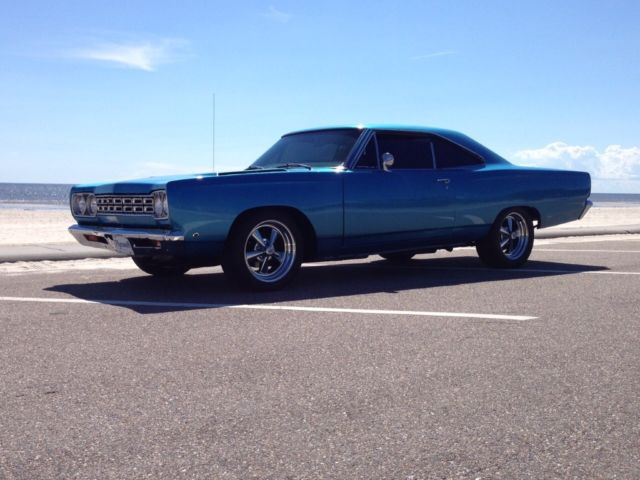 1968 Plymouth Road Runner Sport Satellite Roadrunner