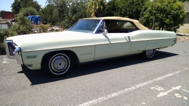 19680000 Pontiac Bonneville covertible bonneville