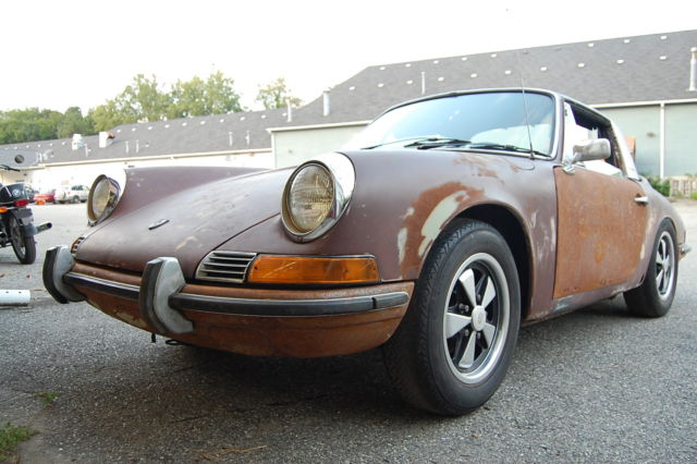 1968 Porsche 912 SoftWindowTarga Serial number 0001 needs resto