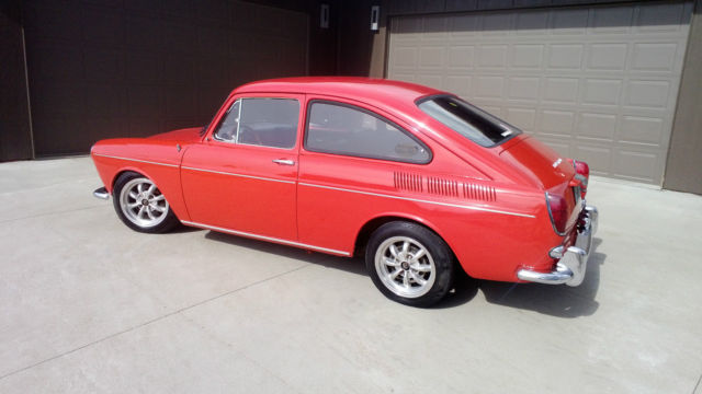 1968 Volkswagen Fastback Base 1.6L for sale: photos, technical specifications, description
