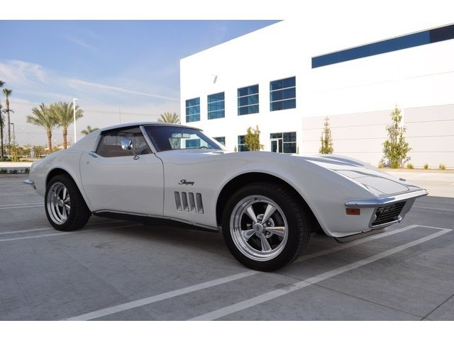 1969 Chevrolet Corvette CORVETTE Coupe- T-TOP