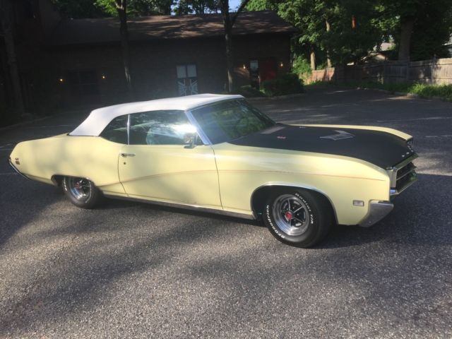 1969 Buick Other White