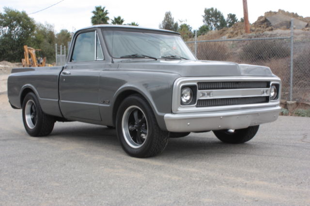 1969 Chevrolet C-10 PICK UP