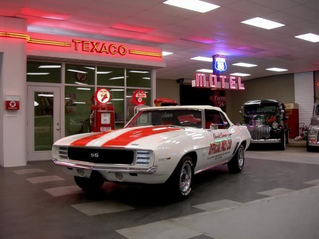 1969 Chevrolet Camaro /SS Pace Car