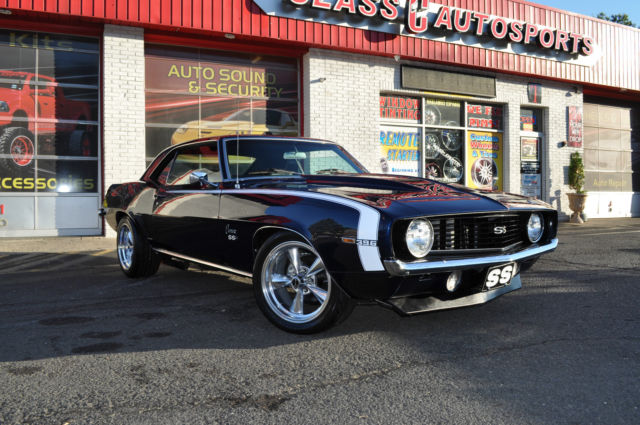 1969 Blue Chevrolet Camaro SS 396 4-Speed 12 Bolt Restomod NO RESERVE! Coupe with Black interior