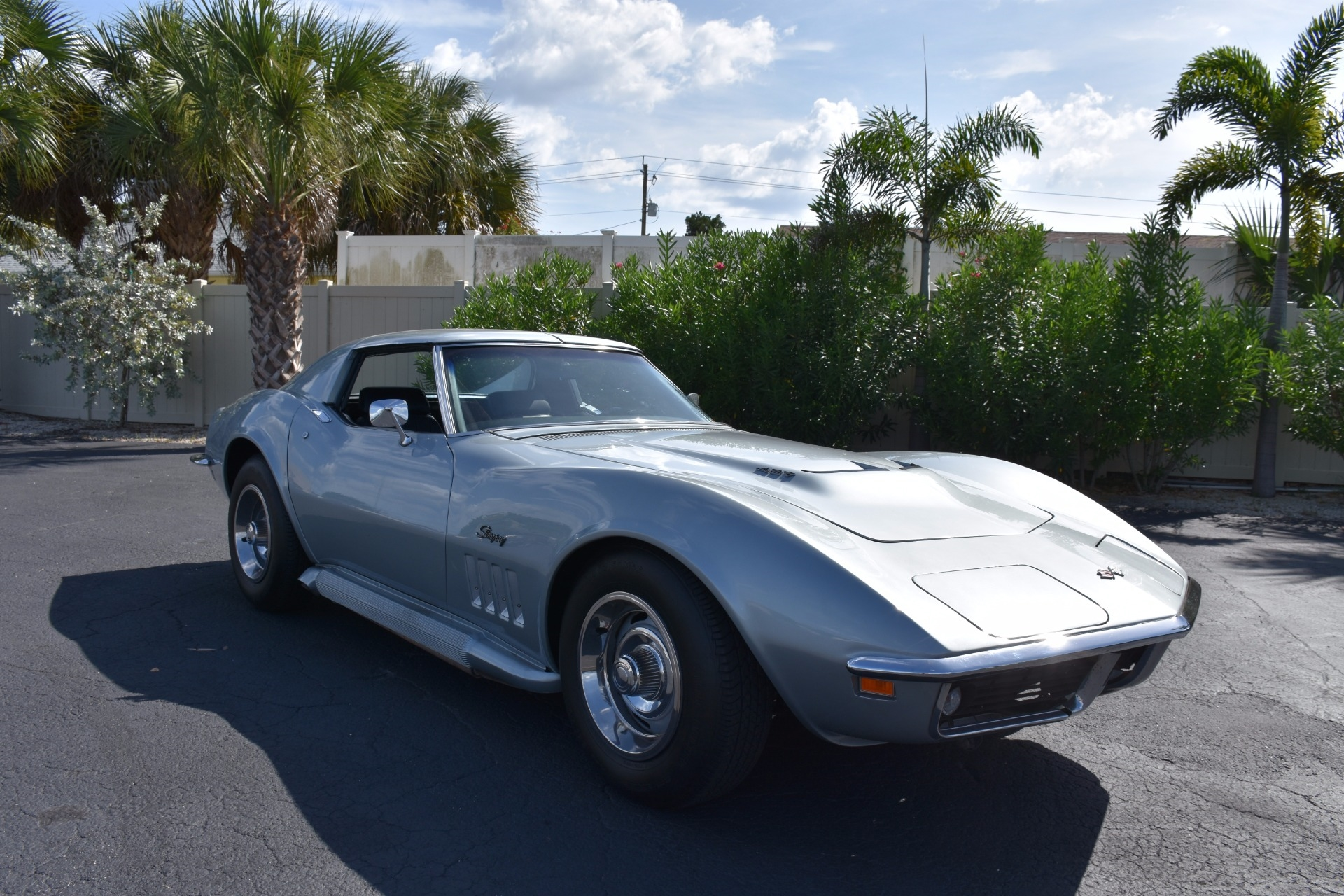 1969 Chevrolet Corvette Coupe 4-Speed Sidepipes
