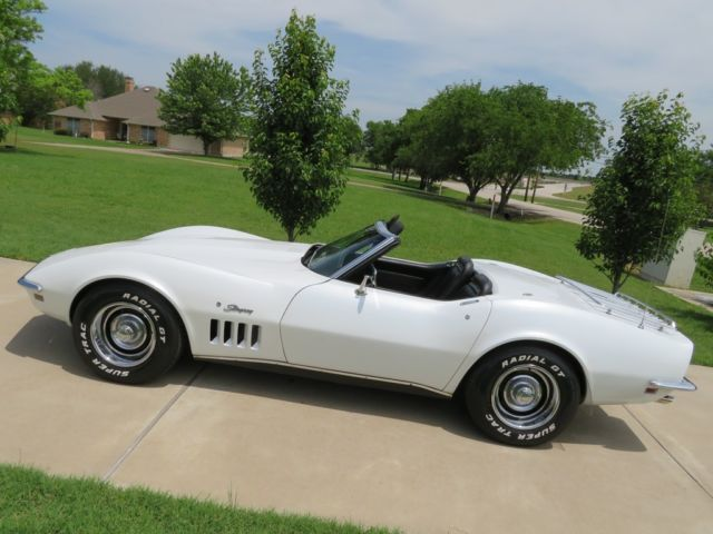 1969 Chevrolet Corvette Stingray Convertible