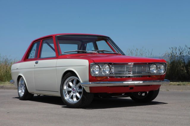 1969 Datsun 510 sedan, full custom L18, Weber sidedrafts ...