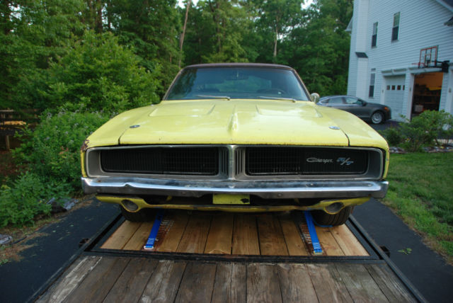 1969 dodge charger r t clone 383 auto complete car but needs restroation for sale photos. Black Bedroom Furniture Sets. Home Design Ideas
