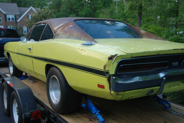 1969 dodge charger r t clone 383 auto complete car but needs. Cars Review. Best American Auto & Cars Review
