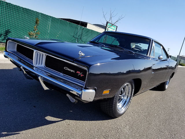 1969 Dodge Charger Road and Track Trim