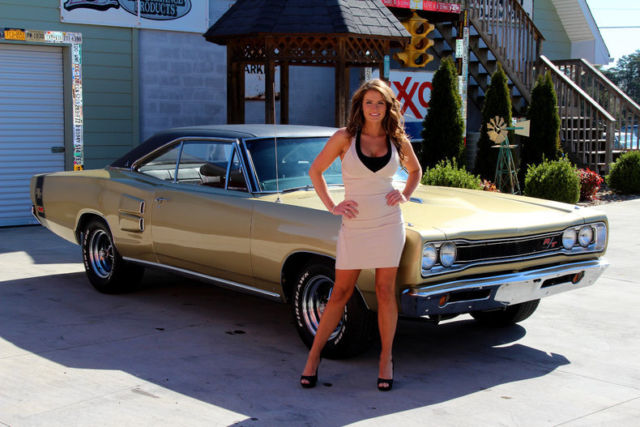 1969 Dodge Coronet Rt Gold Metallic 440 V8 Automatic For