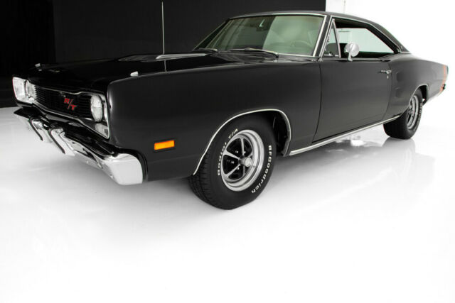 1969 Black Dodge Coronet Other with Black interior